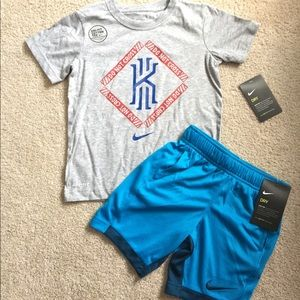 Boys size 5 Nike outfit NWT